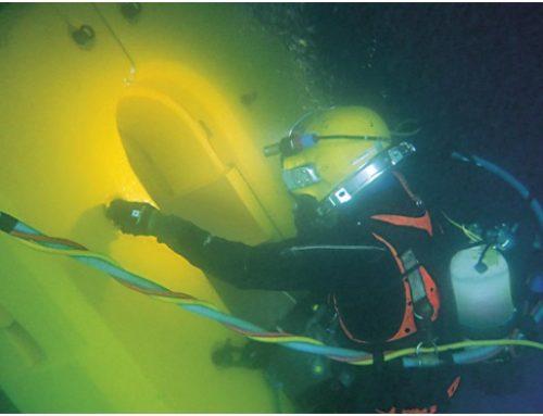 Underwater propeller blade straightening