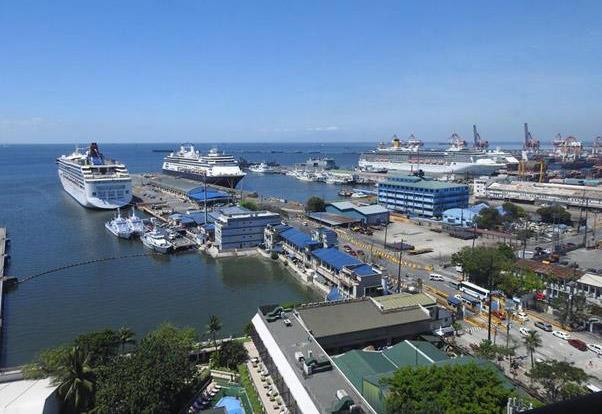 Cruise ships arrive off Manila