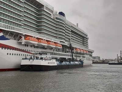 First LNG cruise ship bunkering operation in Rotterdam
