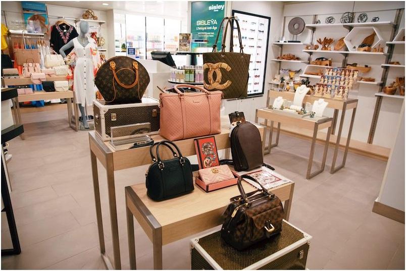 Azamara offers distinctive retail experience